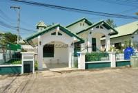 หมู่บ้านพาราไดซ์ ฮิล 2 บ้าน สำหรับขาย ใน  พัทยาตะวันออก