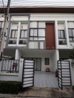 ภัททรา ทาวน์  บ้าน สำหรับขาย ใน  พัทยาตะวันออก
